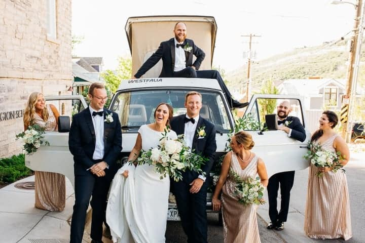 Happy-Wedding-Party-Groomsmen-Bridesmaid