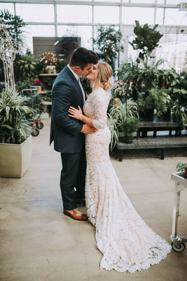 Beautiful-Classic-Formal-Kisses-Orem-Utah