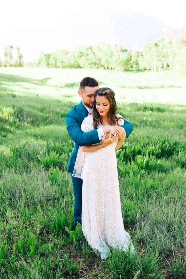 Classic-Green-Nature-Bridals-Destination-Orem-Utah