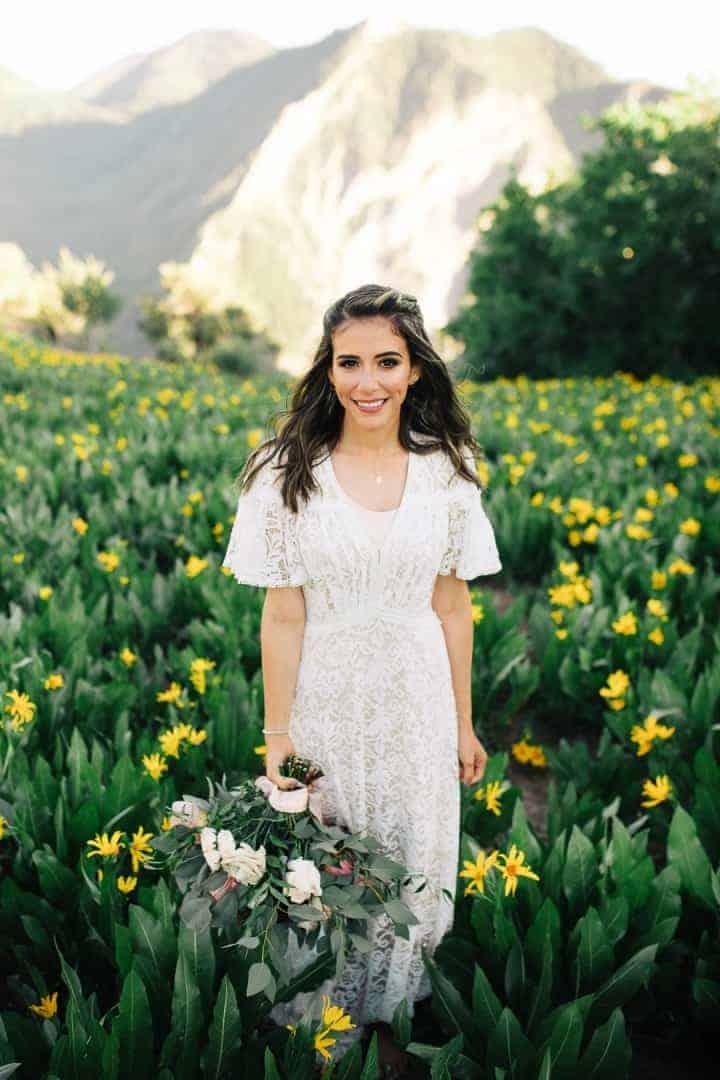 Provo-Canyon-Utah-Bride-Pose