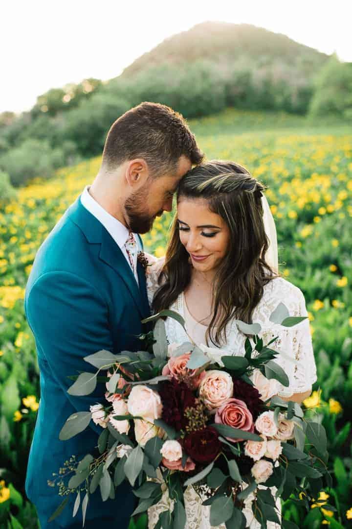 Bride-And-Groom-Classic-Wedding-Poses-Utah