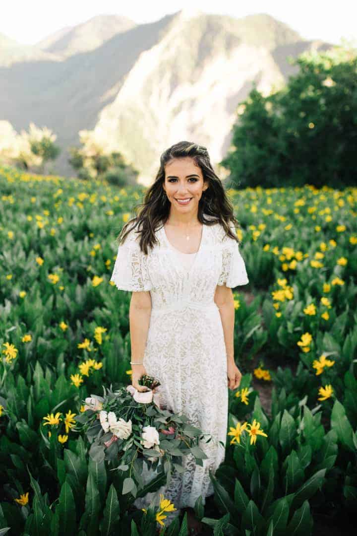 Provo-Canyon-Utah-Bride-Pose