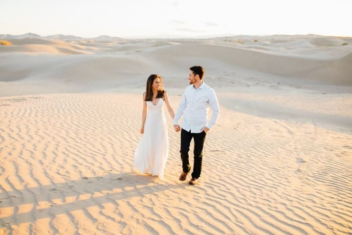 Gorgeous-White-Engagement-Dress-Sahara-Desert-Utah