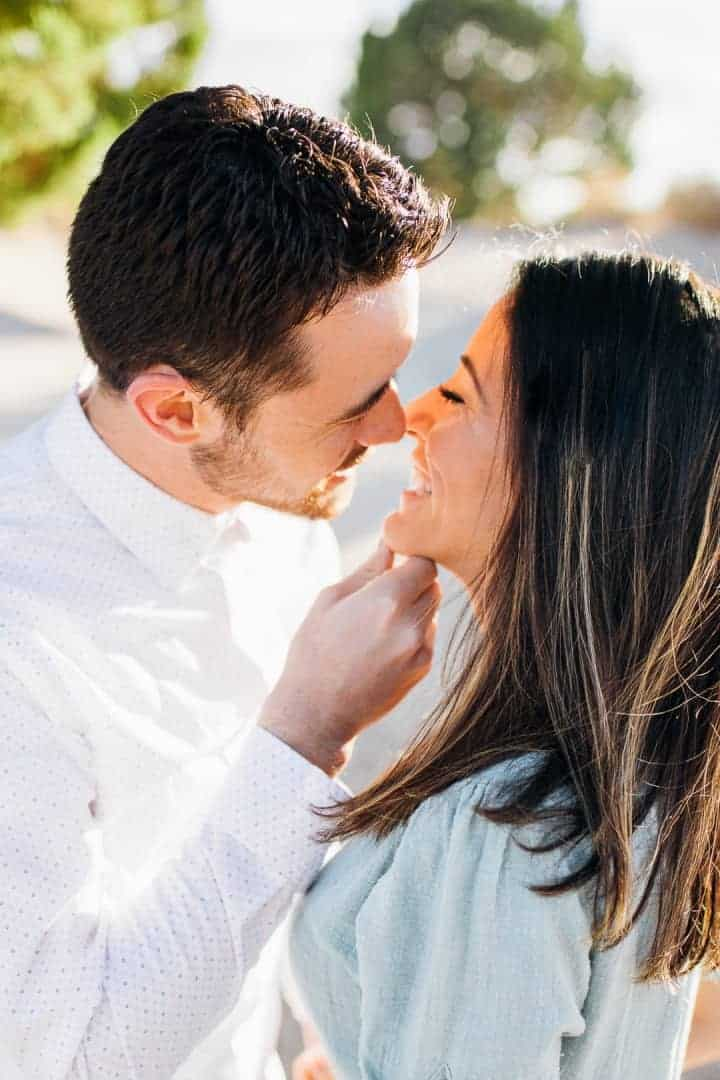 Bright-And-Beautiful-Engagement-Kissing-Ideas-Utah