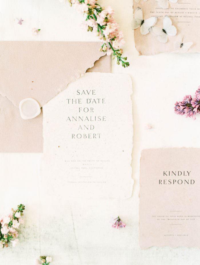 Wedding tips and tricks flat lay