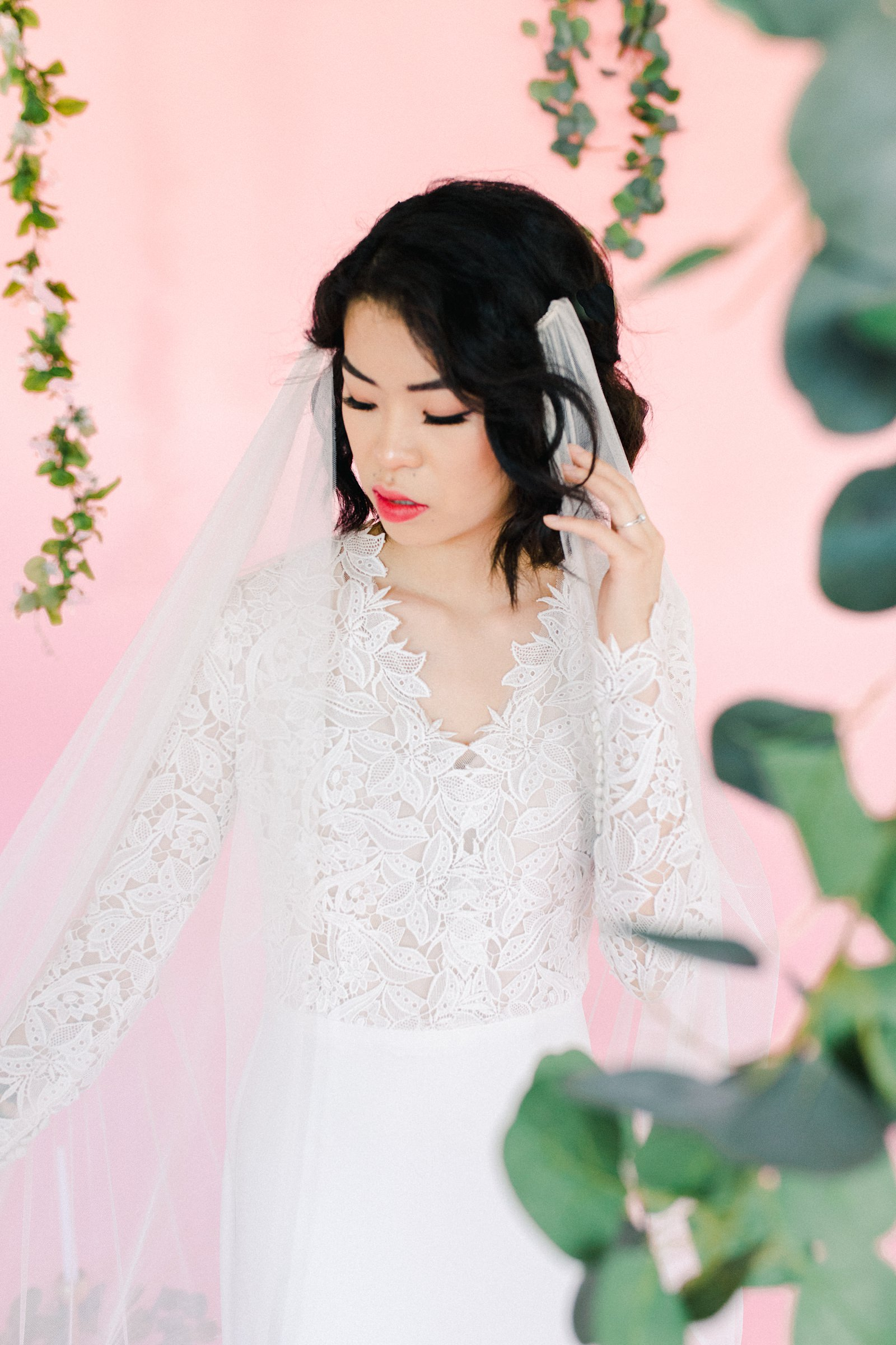 Utah wedding photography inspiration, Lazaro lace v-neck wedding dress with vintage lace and long sleeves, draped long flowy veil, short wedding hairstyle for bride