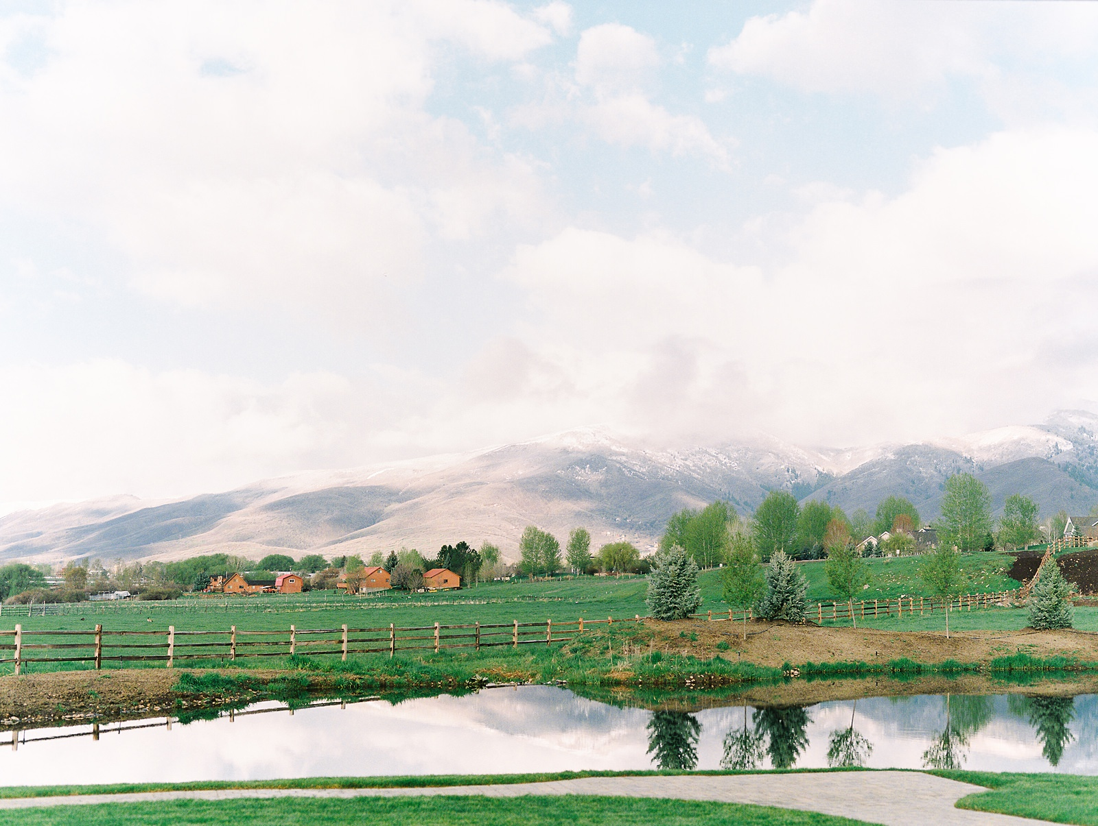 Heber Valley Natural Organic Wedding Inspiration at River Bottoms Ranch, Utah wedding venue location photography