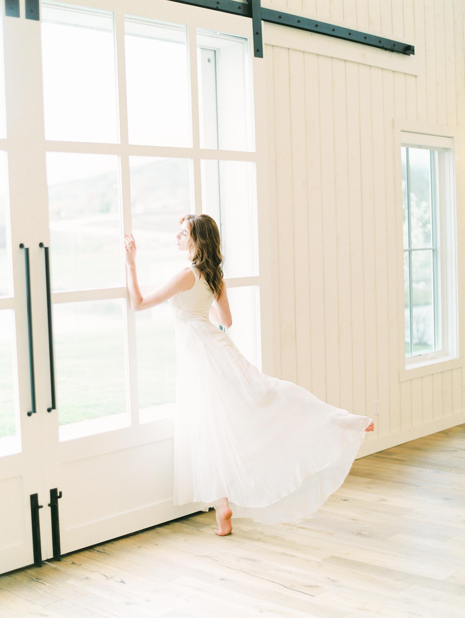 Heber Valley Natural Organic Wedding Inspiration at River Bottoms Ranch, Utah wedding photography, simple white flowy wedding dress ballerina bride