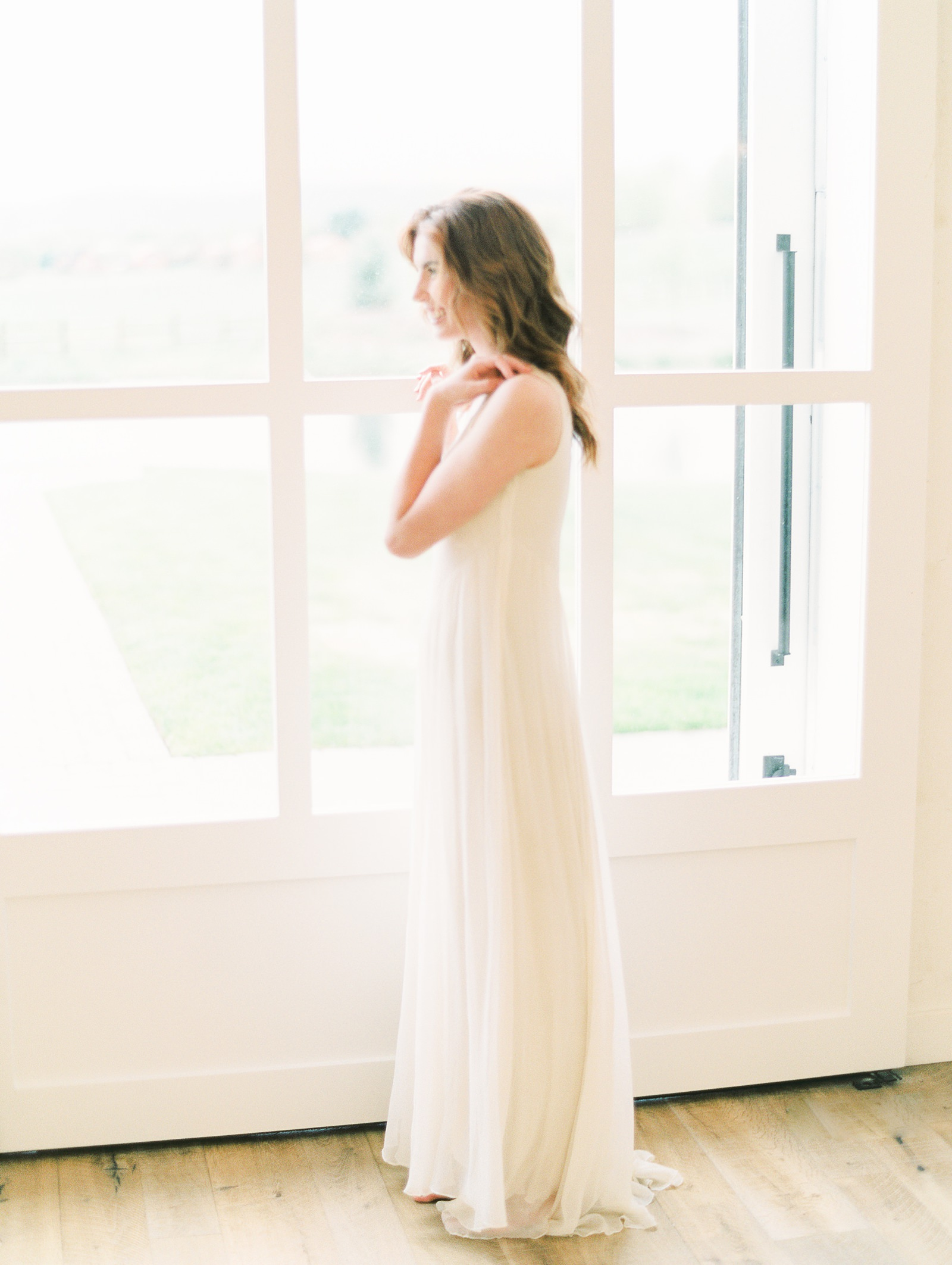Heber Valley Natural Organic Wedding Inspiration at River Bottoms Ranch, Utah wedding photography, simple white flowy wedding dress ballerina bride window light