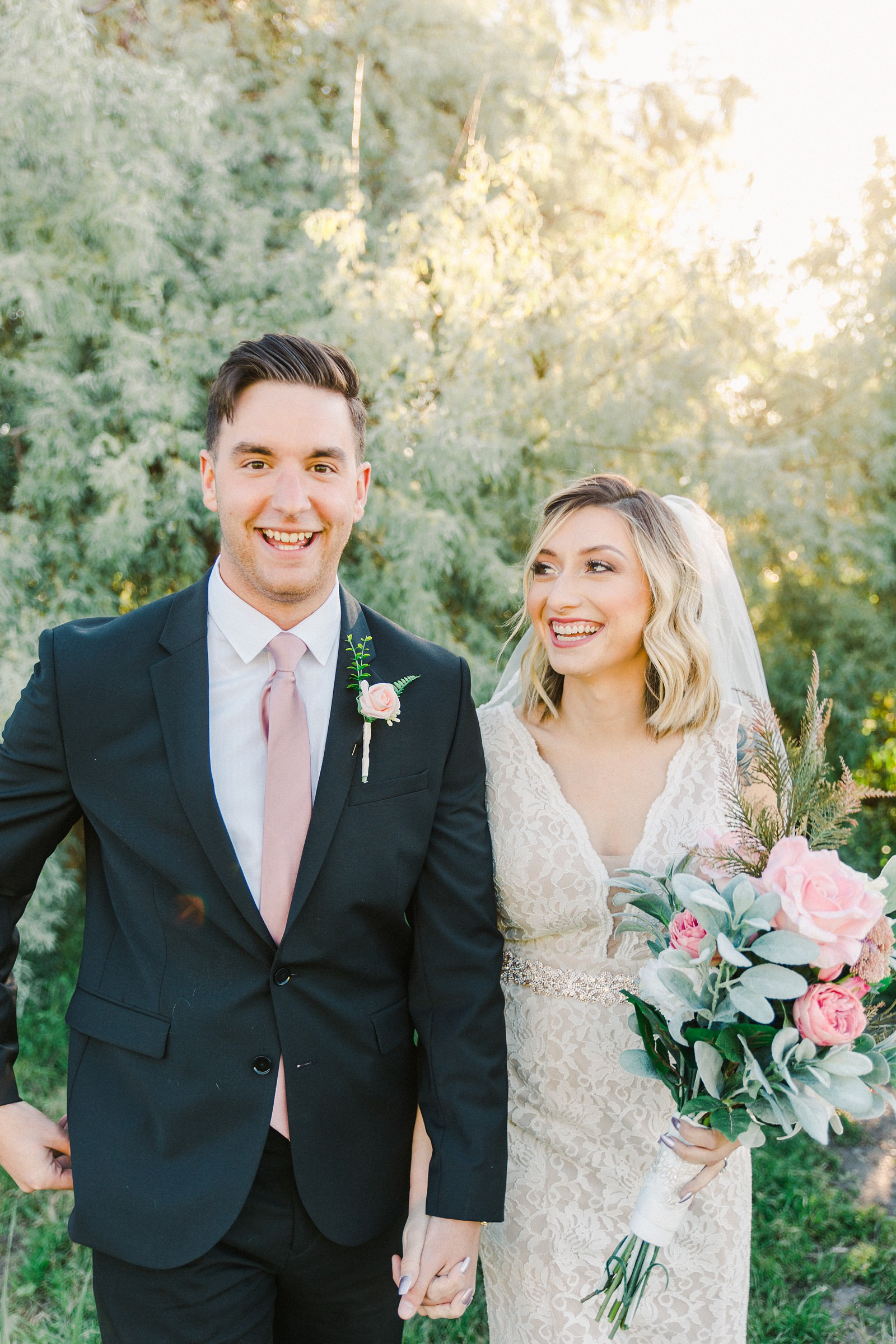 Salt Lake City Utah Bridal Wedding Photography, Tunnel Springs Park, bride and groom, pink and white wedding flowers bouquet