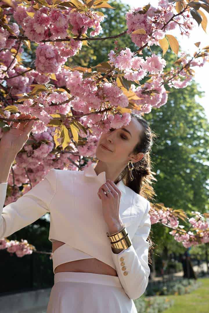 low-contrast-photo-of-cherry-blossoms-with-woman