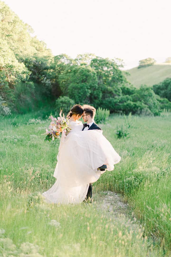 cool-rich-minty-greens-foliage-wedding-couple