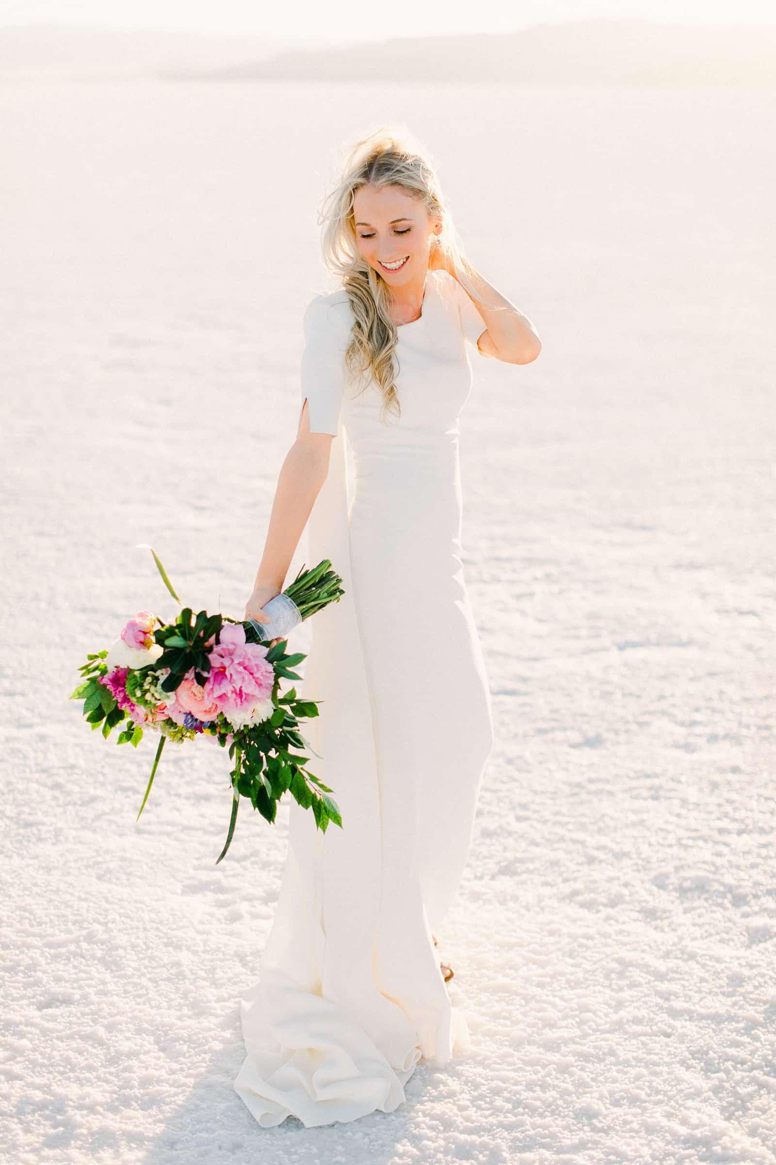 Bonneville Salt Flats Utah Wedding Photography, destination wedding, bride in modern simple white wedding dress, boho bride