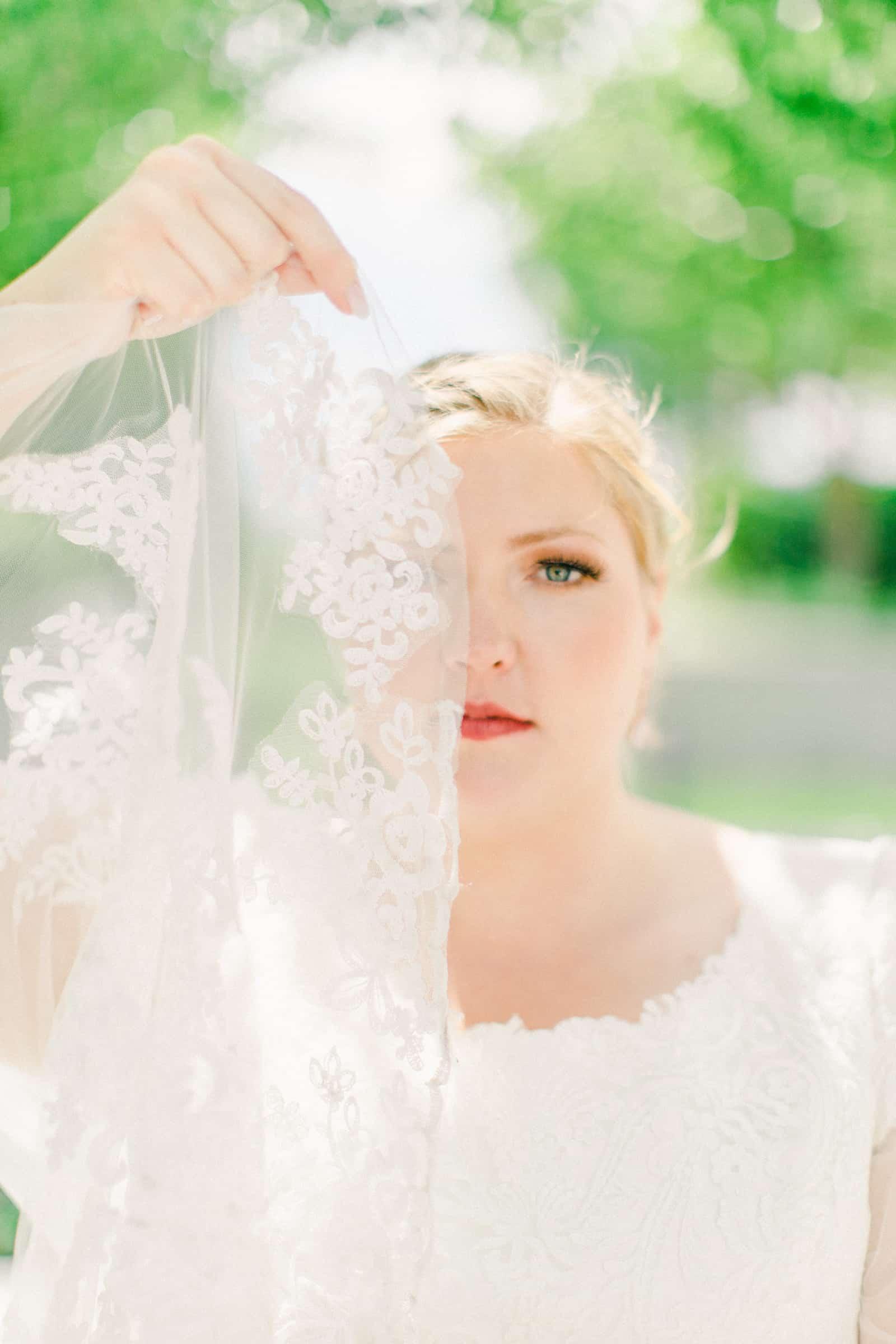 Draper LDS Temple Wedding, Utah wedding photography, summer backyard wedding, modest lace wedding dress with long veil