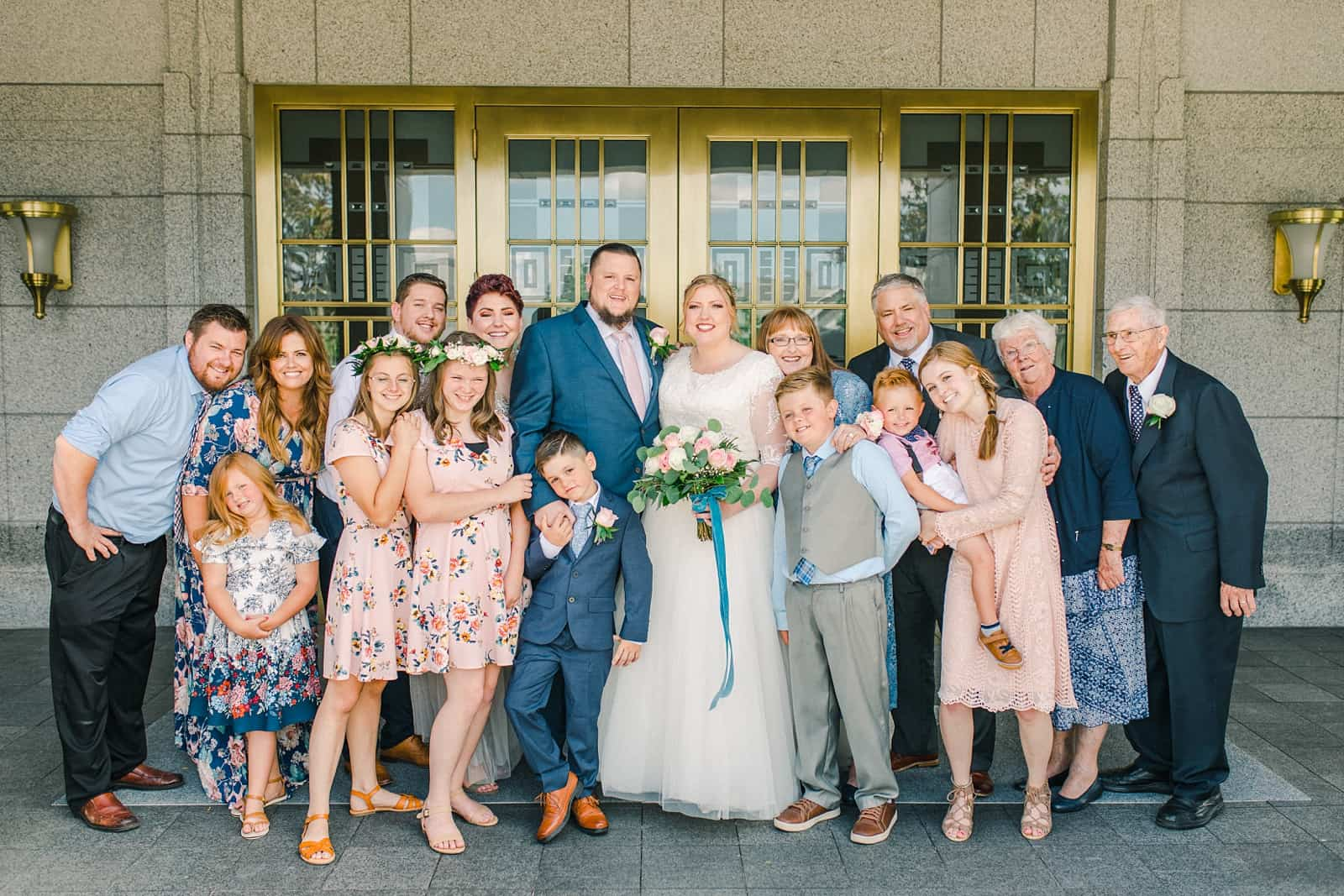Draper LDS Temple Wedding, Utah wedding photography, summer backyard wedding