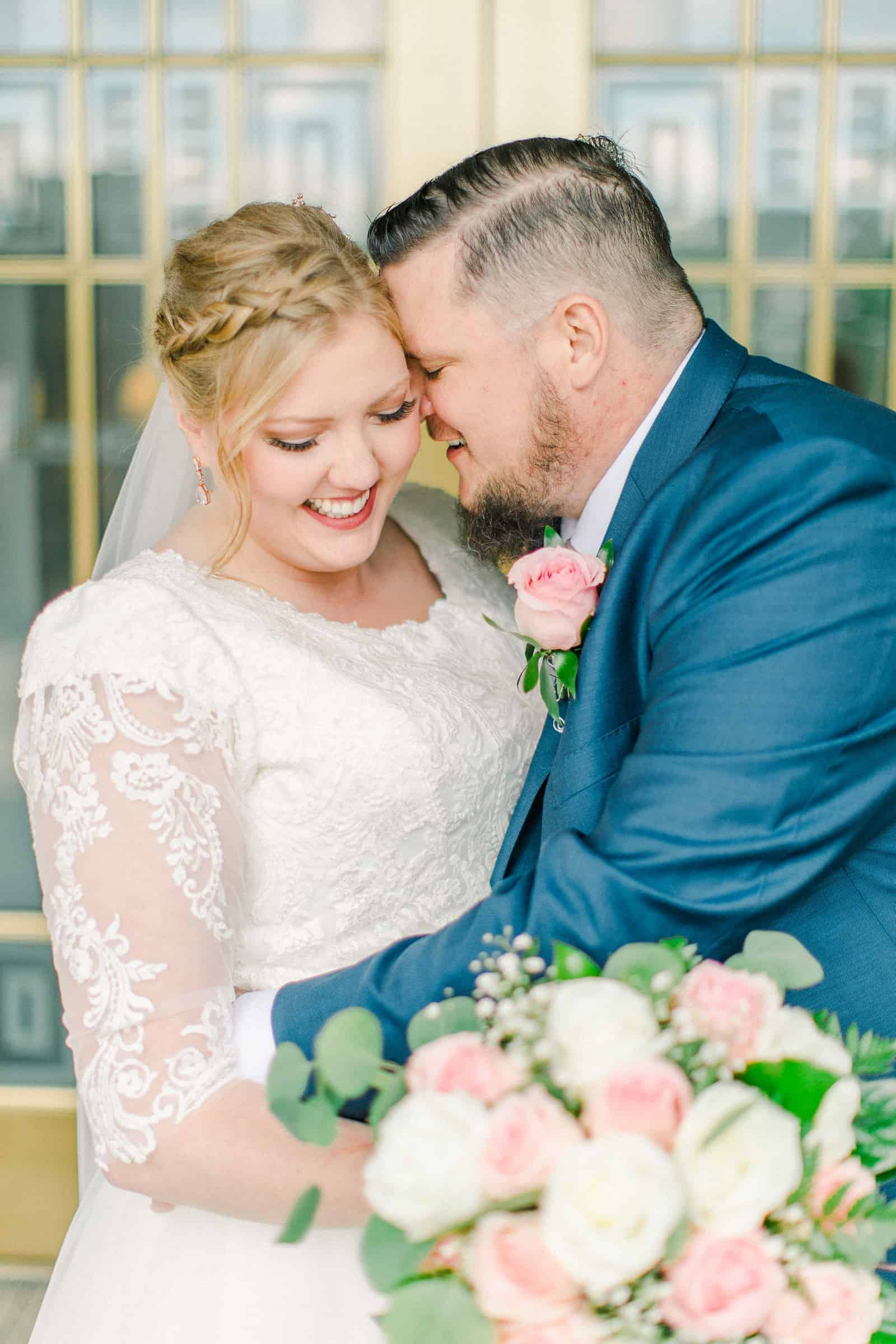 Draper LDS Temple Wedding, Utah wedding photography, summer backyard wedding, sweet bride and groom, pink and white rose bouquet