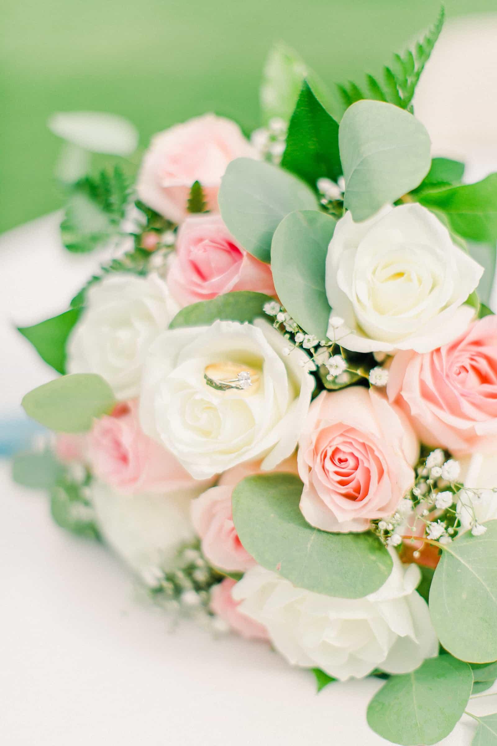 Draper LDS Temple Wedding, Utah wedding photography, summer backyard wedding, bridal bouquet pink and white roses, wedding rings