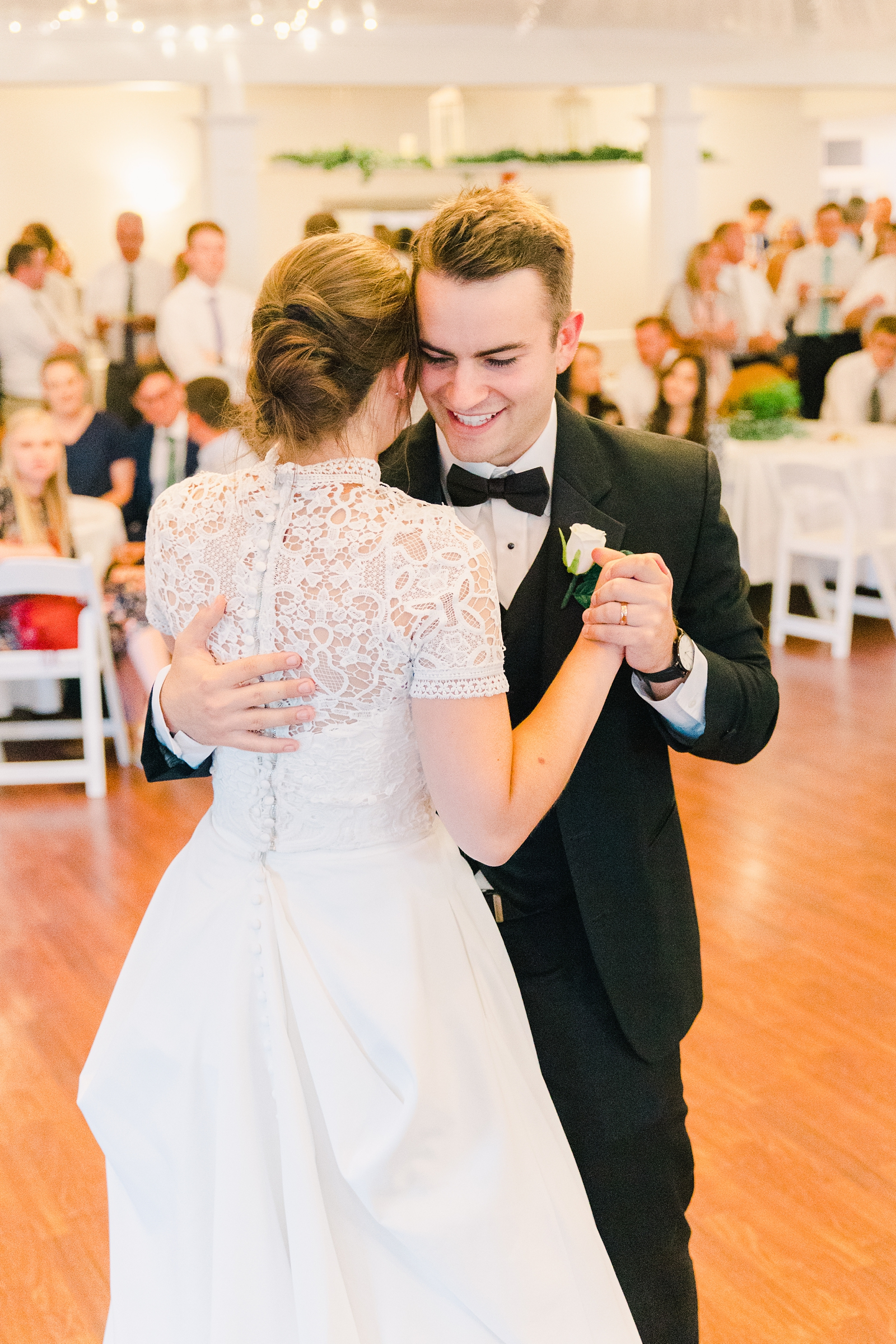 Clarion Gardens Payson Utah Wedding, bride and groom first dance