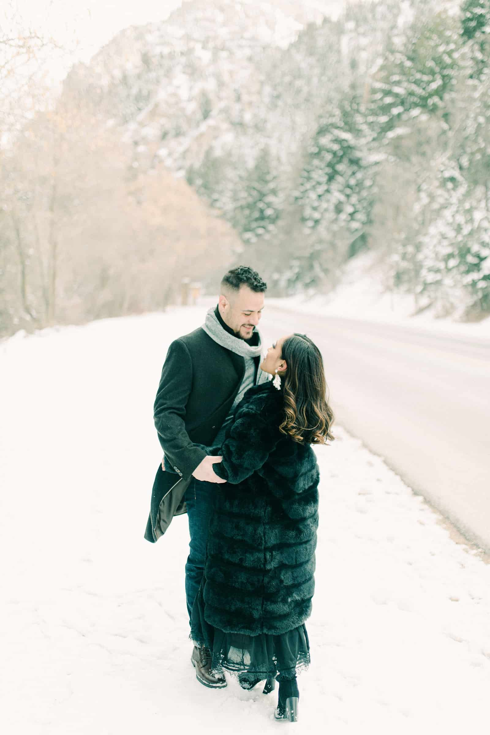 Winter engagement session outfits