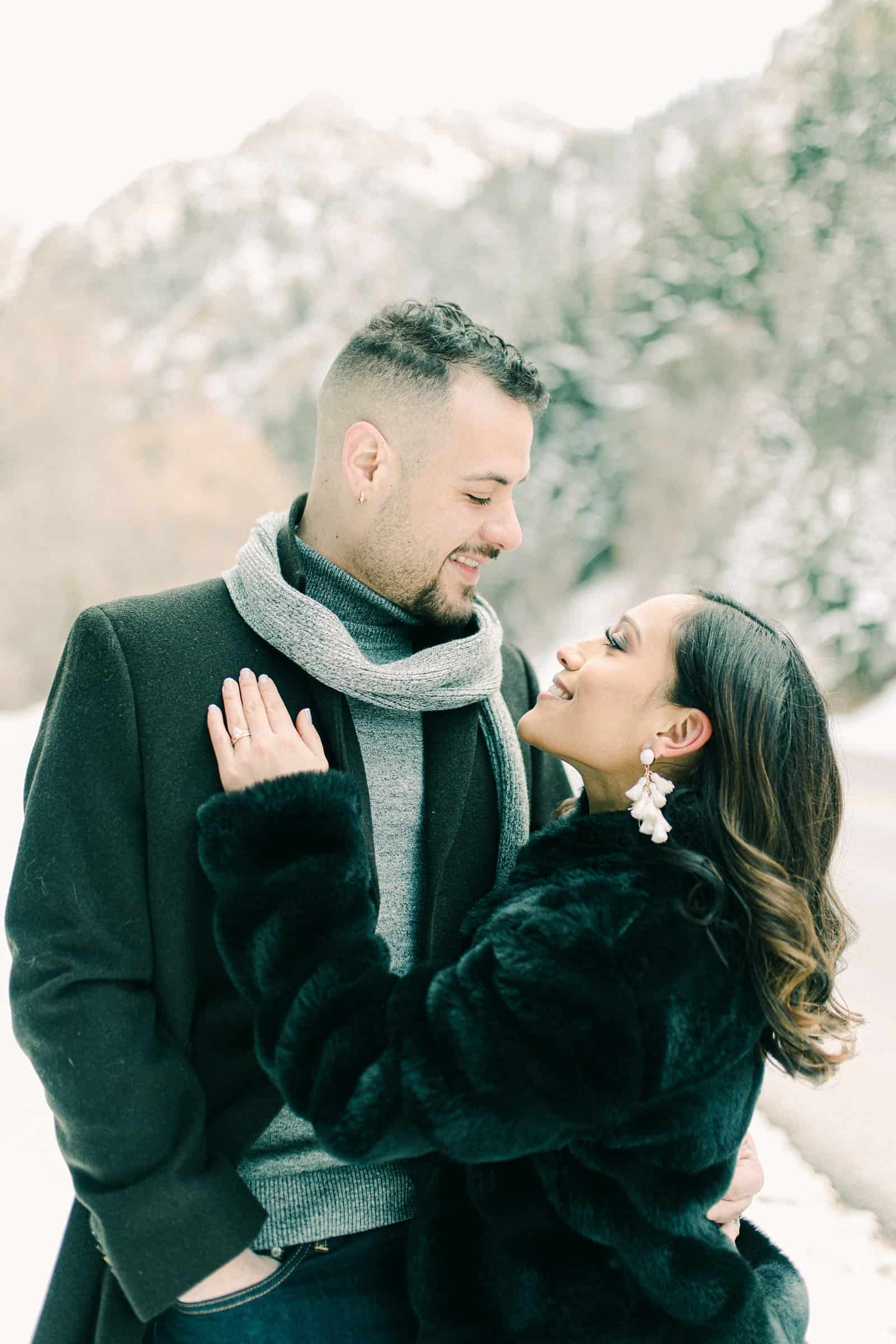 What to wear for winter engagement session